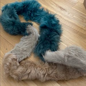 fur scarf from ugg, used multiple times